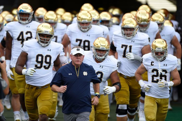 Bowl projections: Notre Dame threatening College Football Playoff field