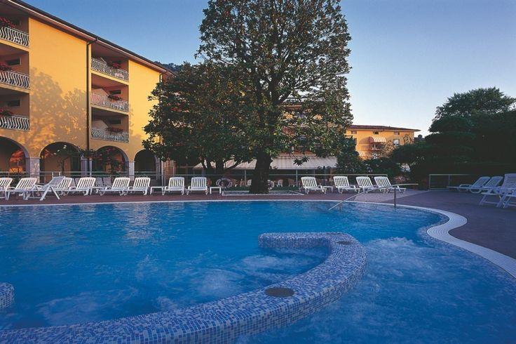 Hotel Bisesti *** Die Familie Lorenzini heißt Sie im Hotel Bisesti willkommen! am schönen Gardasee Italien, auf www.travelina.ch