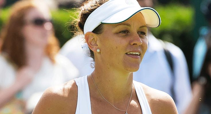 Gay Australian tennis star Casey Dellacqua is poised to strike the ultimate blow in the fight for same-sex acceptance, but has just one simple message for homophobic sporting legend Margaret Court.