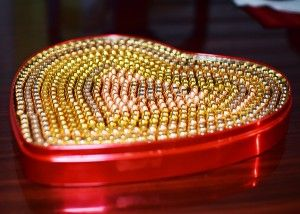 ammo heart, perfect for a valentine gift - knew I was saving that heart shaped candy tin for a reason!