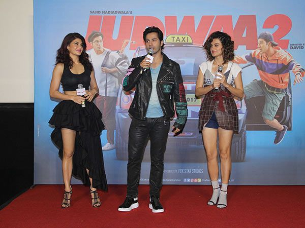 See How #VarunDhawan , +Taapsee Pannu  & #JacquelineFernandez Dazzled At The #Judwaa2Trailer Launch Event    #Fashion #bollywood #Judwaa2