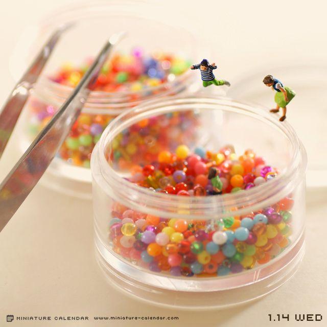 Photography, Miniatures    150114 Ball pool