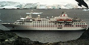 Hanseatic. Ιδιοκτησία: Bunnys Adventure and Cruise Shipping Co. Ltd -Germany. (Beneficial owner: uknown). : Hapag - Loyd Cruises- Germany (a subsidiary of TUI). Society Adventurer 1991 ~ 1993. 1993 ~ present, today's name. Καθελκύστηκε το 1991. 8.378 GT ~ 122,83 μ.μ. ~ 18 μ.πλάτος ~ 6 κατ/τα ~ 14 ~ 16 knots ~ 184 επ. ~ 125 ατ.πλ. Ειδικό για ταξίδια στην Ανταρκτική. (Σαν Society Adventure δε ταξίδεψε ποτέ λόγω πτώχευσης της Society Cruises).