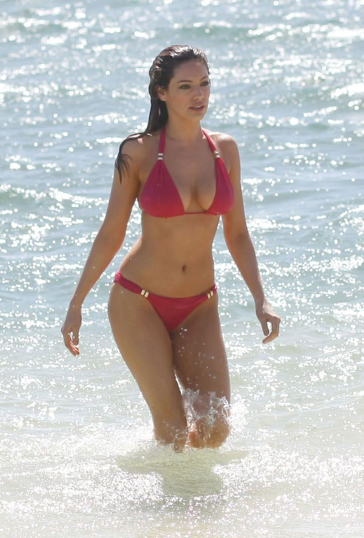Kelly Brook – Bikini Mauritius April 2010