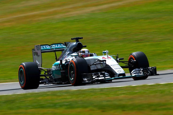 Lewis Hamilton Photos: F1 Grand Prix of Great Britain - Qualifying