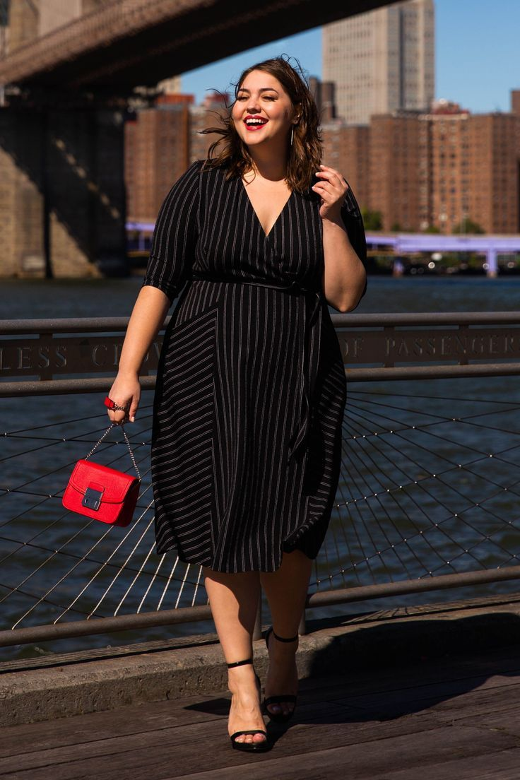 Unser plus size Harmony Faux Wickelkleid ist genau das, was Ihr Kleiderschrank b… , #Das …