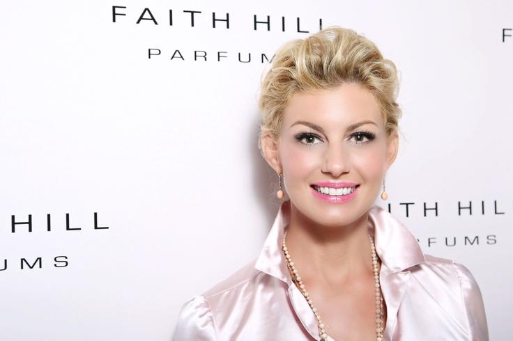 Faith Hill  www.mikelcain.com