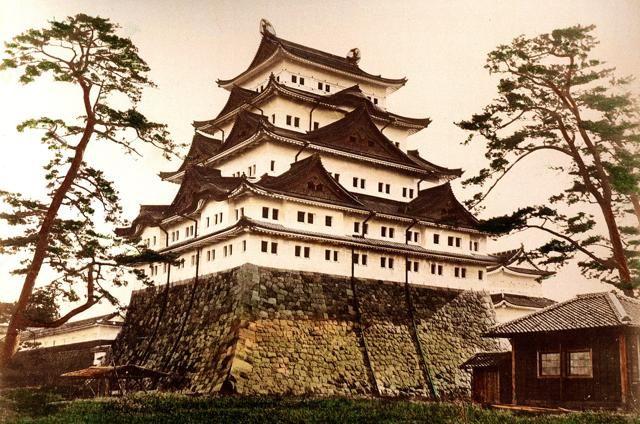 日本の写真家「江南 信國」が明治時代に撮影した日本の風景・風俗写真いろいろ5. 名古屋城