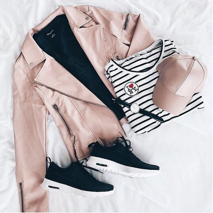 @jessakae keepin' it femme for the weekend in our @official_minkpink blush leather moto jacket  | link in bio to shop the look ✨ #lovelulus