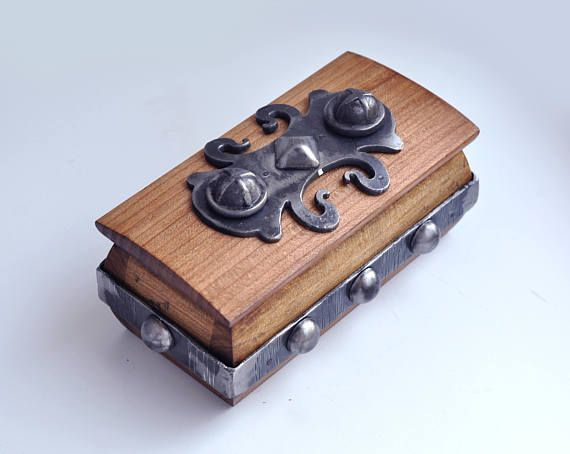 Warcraft box Wooden box Ring box Wood box Wood carving Wedding ring storage Wood carving Jewellery box Jewelry box wood wedding ring box