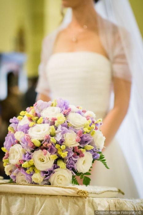 Bouquet da sposa lilla #matrimonio #nozze #sposi #sposa #bouquet #fiori #rustichic #bohochic #tradizione #wedding #flower
