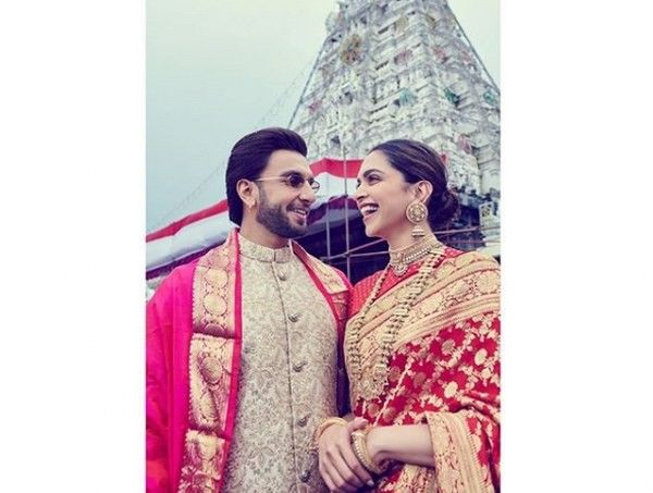 Deepika Padukone Ranveer Singh At The Tirumala Tirupati Temple On Their First Anniversary Deepveer Seapunk Fashion Cute Fashion Thrift Fashion
