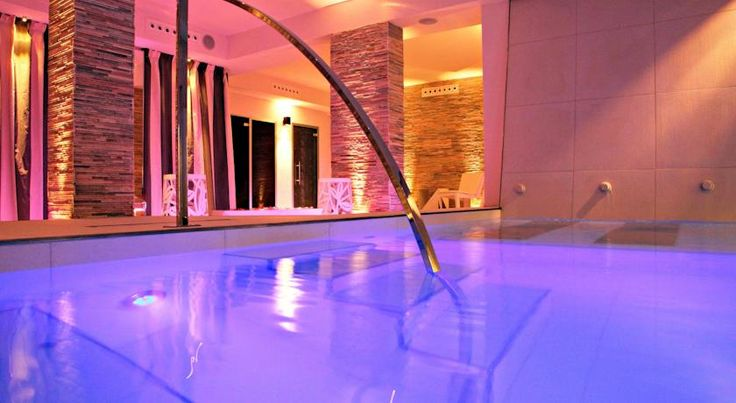 Spa Hotel Parigi 2 Dalmine Hotel Parigi 2 is in the heart of Dalmine, a pleasant town just 8 km from the centre of Bergamo and 18 minutes' drive from Orio al Serio Airport. It offers free outdoor parking, and rooms with free Wi-Fi.