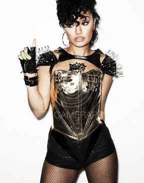 Why is she so beautiful ??? @Leigh Anne Pinnock  you are perfect!