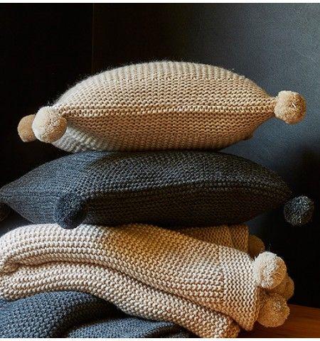 les 13 meilleures images du tableau coussins faire soi m me sur pinterest housse coussin. Black Bedroom Furniture Sets. Home Design Ideas