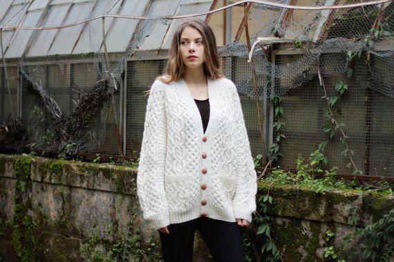 Vintage Cardigan Oversize donna color panna di lana taglia S M L Giacca anni 80 fatta a mano Maglione Oversize con bottoni marroni