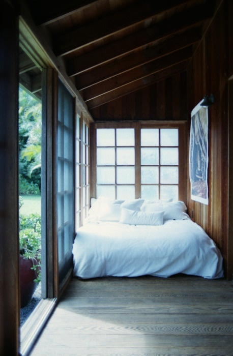 weekend get away sleep: Cabin, Window, Cottages Bedrooms, White Beds, Sleep Porches, Back Porches, Places, House, Nooks