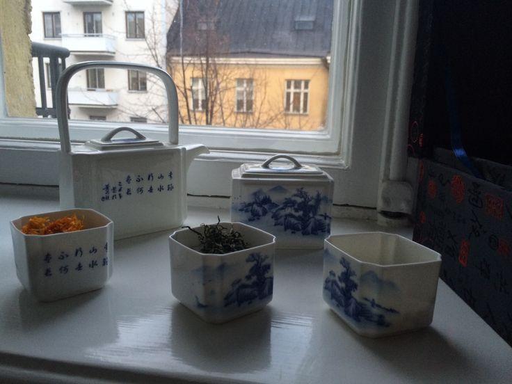 Tee on nyt muotia. Tässä juodaan teetä Helsingissä.
