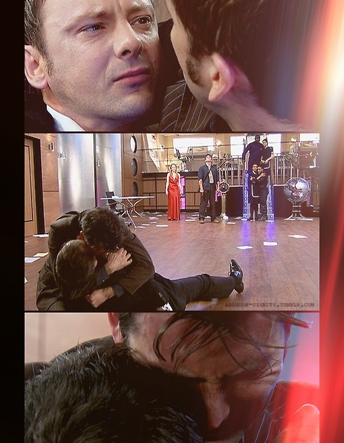 """abandon-dignity: Doctor Who [3x13] - """"Last of the Time Lords"""" WE LET THE WRITERS SHIP IT THEMSELVES, K."""