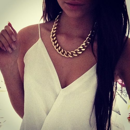 Chunky Gold Chain Necklace. Love this look