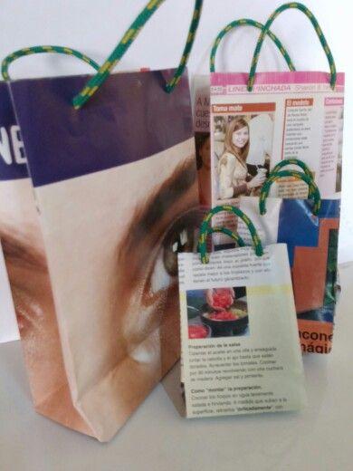 bolsitas de las revistas que ya no utilizamos..