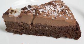Hyvin vaatimaton otsikko, mutta kun tälle kakulle ei kelpaa yhtään huonompi. Kakku on gluteeniton, maidoton eikä siihen tule myöskään lisät...