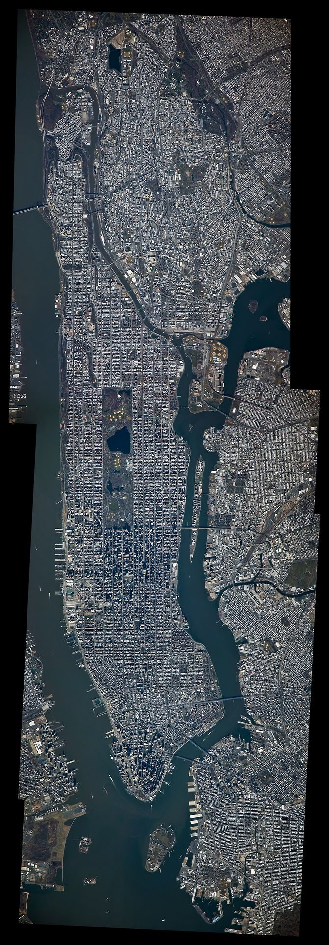 Manhattan from the International Space Station 533
