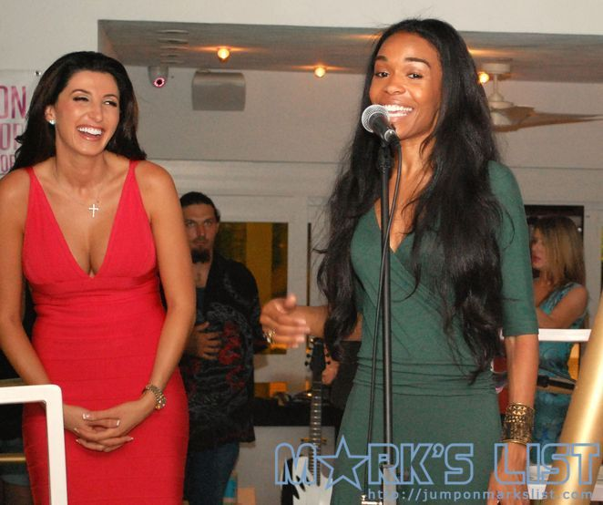Destiny's Child's Michelle Williams gives an inspiring and personal Anti-Bullying Speech at NVEEE's fundraiser at Dream Hotel.  >>>More photos are availale at the Jump link below!