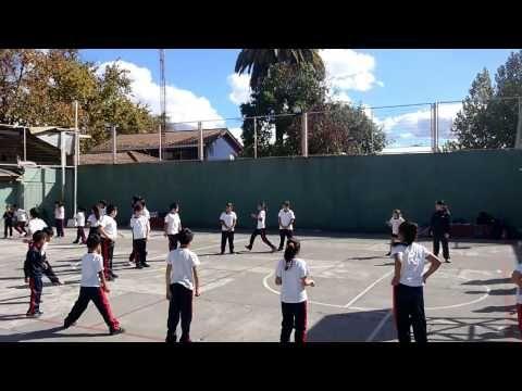 Juegos Educación Física - Persecución En Círculo - YouTube