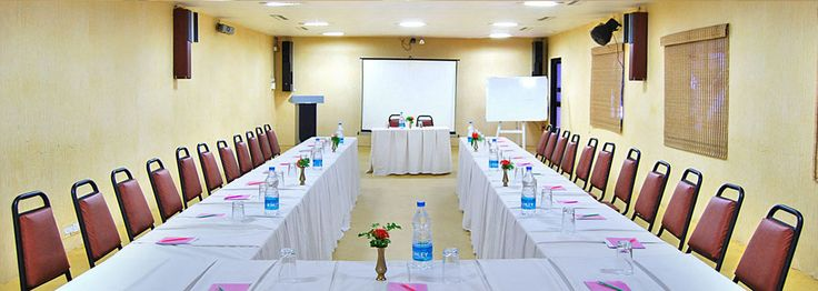 Offering affordable and convenient meeting rooms with various configurations for a company conference, training seminar etc.
