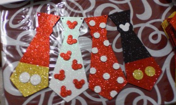 Corbatas de foami | Fiesta de Mickey Mouse | Pinterest
