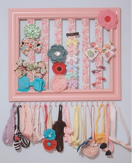 use a frame to store bows onHairbows, Bows Holders, Little Girls, Hair Clips, Bow Holder, Hair Bows Holder, Baby Girls, Hair Accessories, Headbands Holders