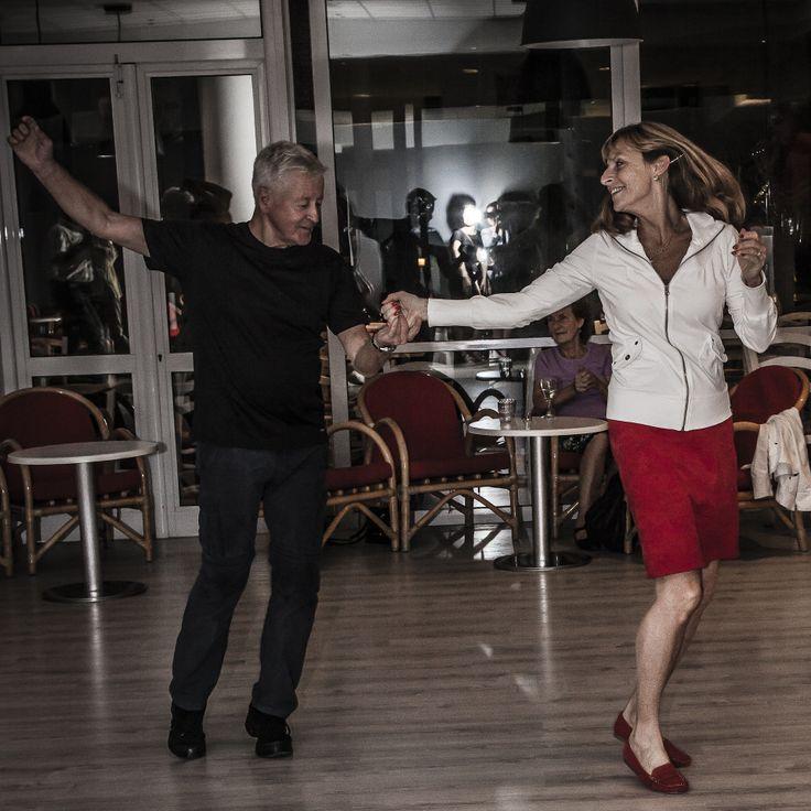 Visst svänger det! | http://halsoresor.se #hälsa #hälsoresor #dans ( Foto: Copyright © Emelie Hallbäck, All Rights Reserved.)
