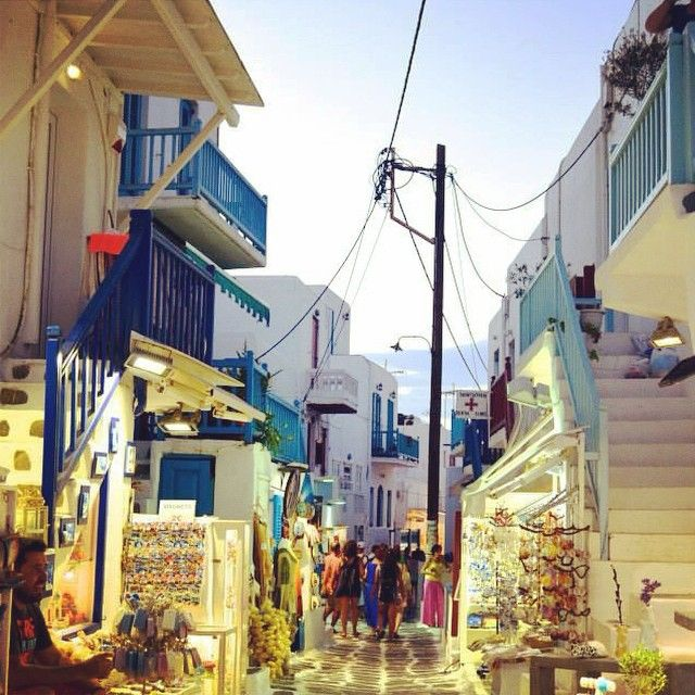 Walks around the island of #Mykonos! #VarietyCruises Photo credits: @ale_santy93
