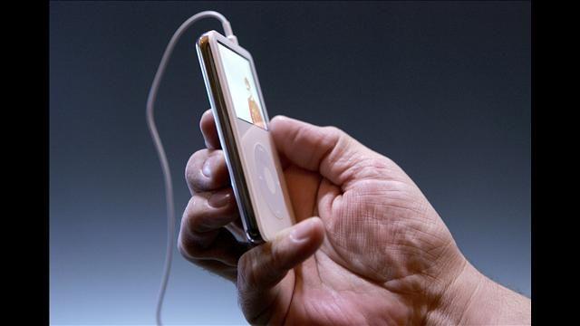 Capacidades do iPod vídeo mais recente - http://www.comofazer.org/tecnologia/electronica/capacidades-ipod-video-mais-recente/