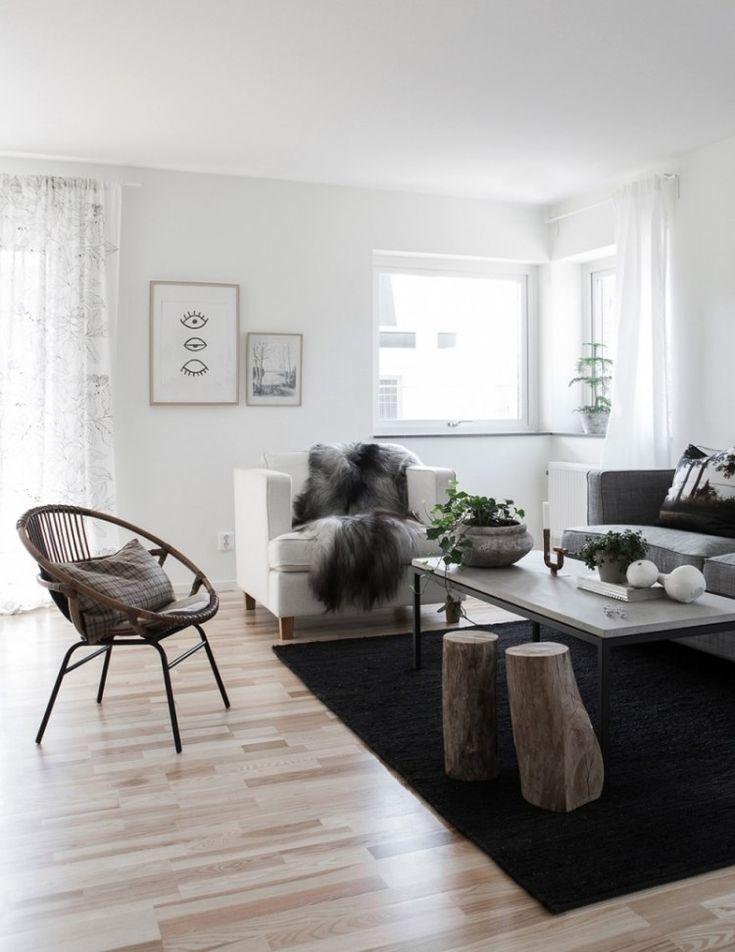 die besten 25 hocker mit fell ideen auf pinterest k hlschrank schwarz barhocker schwarz und. Black Bedroom Furniture Sets. Home Design Ideas