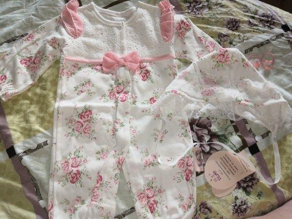 Online Shop 100 Cotton Newborn Baby Romper With Flowers Hat 0 3 Months Long Sleeve Bowtie White Body White Baby Clothes Baby Girl Clothes Baby Outfits Newborn