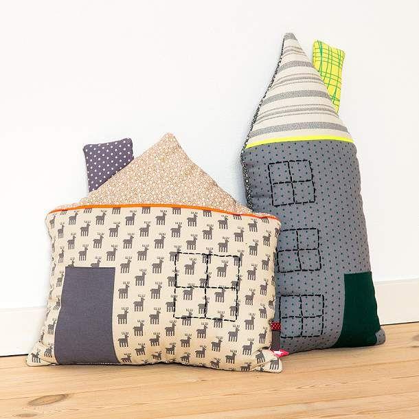 DIY: House pillow