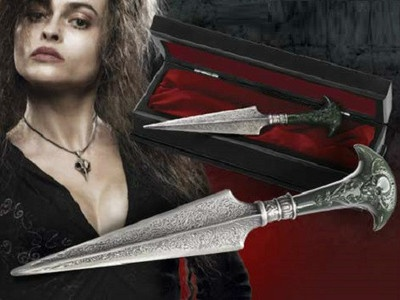 Bellatrix Lestrange Dagger Prop Replica Noble Collection Harry Potter $99.95