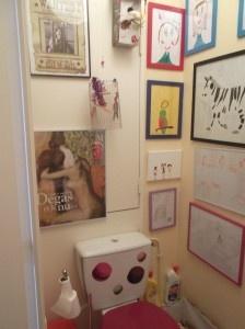 Les toilettes vernissages ! http://blog.zodio.fr/decorer/decorer_maison/decorer_maison_toilettes/75840-ma-creation-toilettes-vernissage-permanent