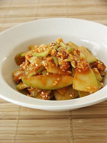 Recipe: Korean Spicy Chayote Squash Muchim