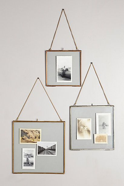 Hinged Hanging Frame. I needs me so many of these!