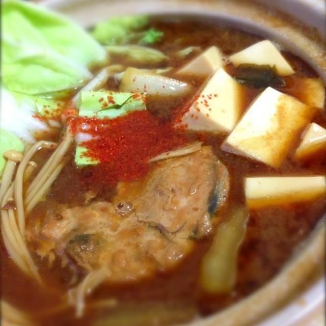 赤味噌めっちゃ好き!( •̀ .̫ •́ )✧ 一人暮らしっぽいメニューやな。。。(。-_-。)  うまいからよし!やけどー。(≧з≦) - 76件のもぐもぐ - さばの赤味噌煮鍋 by shinjiterao