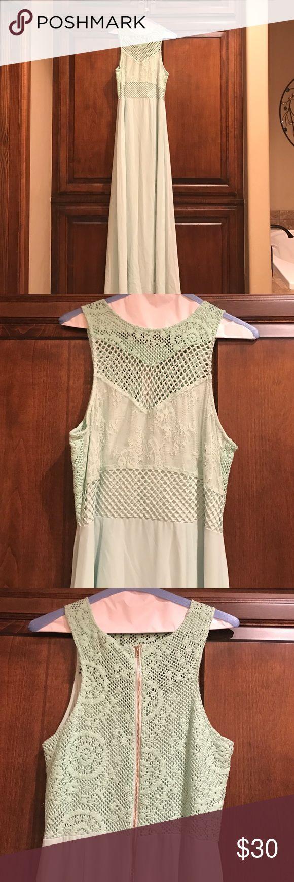 Mint maxi dress Mint maxi dress Gianni Bini Dresses Maxi