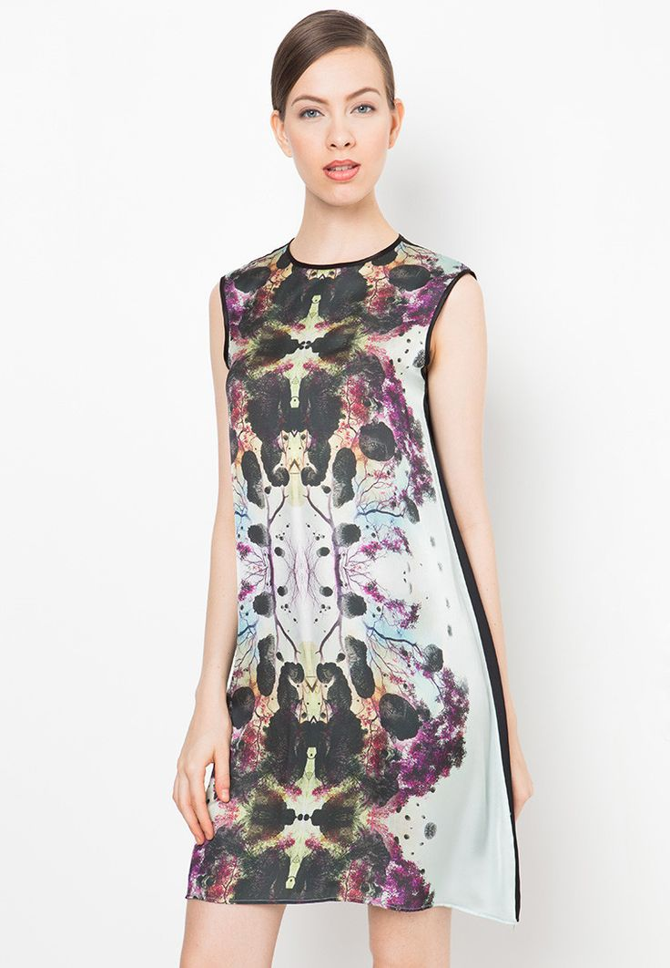 Infrared Printed Dress by Billy Tjong for Zalora. Let's talk about print. Let's talk about Billy Tjong. Mini dress with a minimalistic cuts and unique color combination. Exclusive collection for Zalora. http://www.zocko.com/z/JEstu