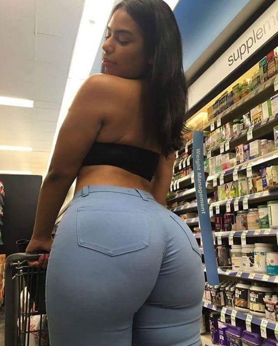 Latina Women Are Known As Some Of The Curviest Women In The World Check Out This Collection Of Sexy Thick Latina Pics And Photos
