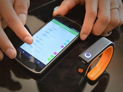 Brazalete por impresión 3D que controla 'apps' de smartphones   Impresoras 3D - Impresion 3D   Imprimalia 3D