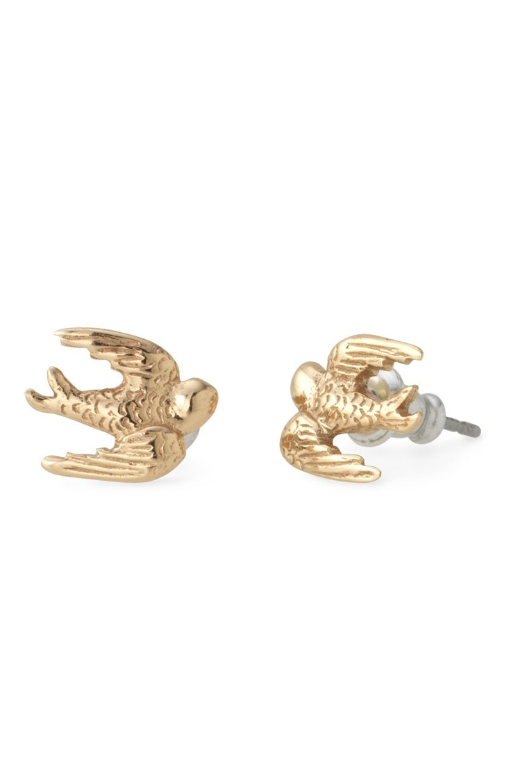 Swallow Studs by Stella & Dot.  50% off (only $9.50!!!) until 11/21 using the promo code BETTER.  Must be signed into account before entering promo code.  http://www.stelladot.com/ts/6fkl5