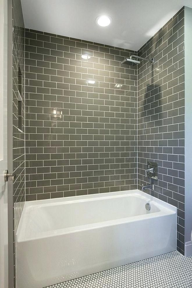 Graue U Bahn Fliesen Badezimmer Dekoration Ideen Bathroom Design Bathtub Tile Small Bathroom Remodel