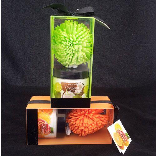 Pakketje met bodylotion en spons! In GROEN of ORANJE! Betaalbare prijs! Nog meer originele en leuke cadeaus bij DaKaDo! SNELLE levering en VEILIG betalen